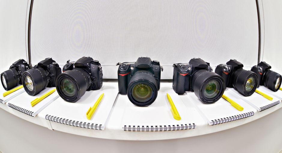 <b>Jaký foťák vybrat na cesty v roce 2020?</b>