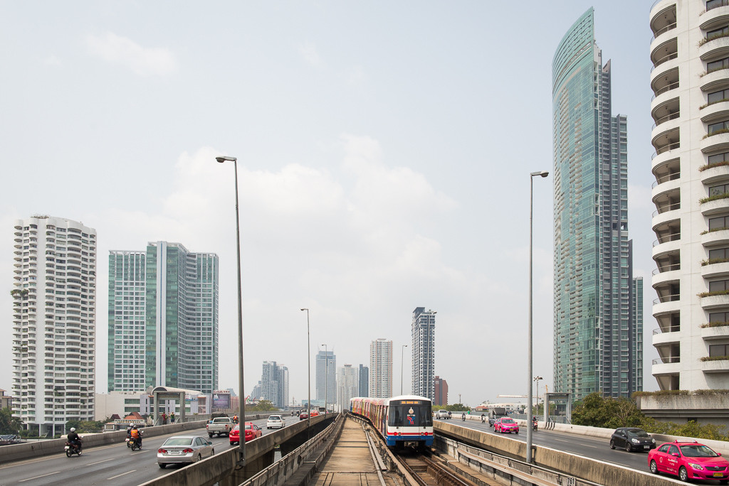 BTS – nadzemní rychlodráha v Bangkoku