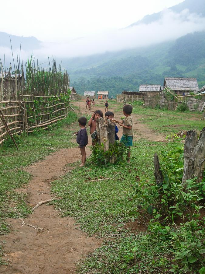 Muong Noi, Laos