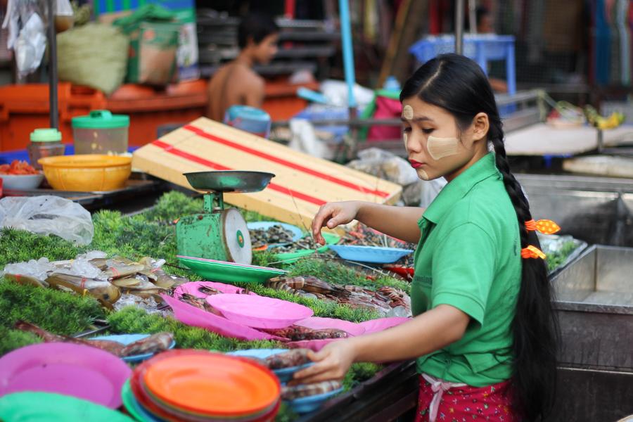 Yangon, Barma