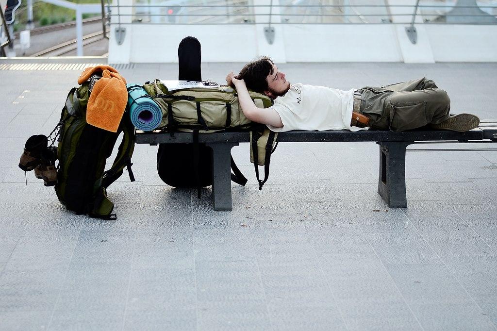 Občas je potřeba si trochu odpočinout. A třeba pak kousek popojet vlakem. Nádraží v Liege