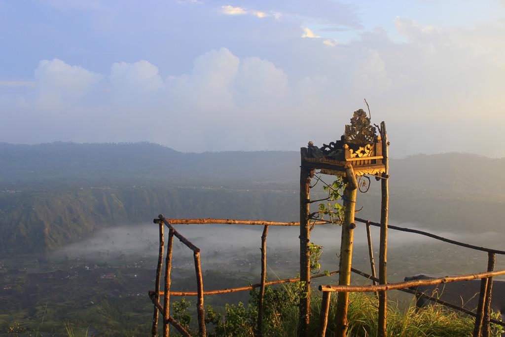 6a - vychod slunce z vrcholu sopky Batur