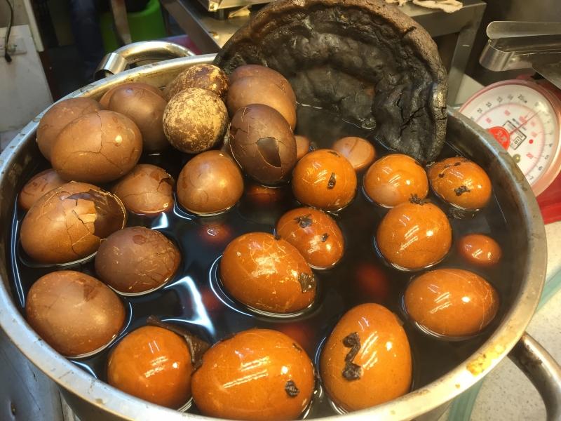 Vejce vařená s houbou reishi