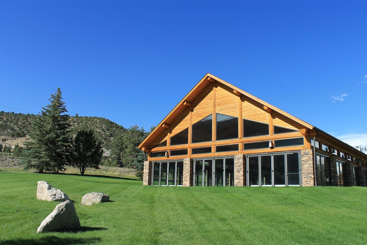 Další příklad zaměstnavatele – svatební pavilon v Coloradu