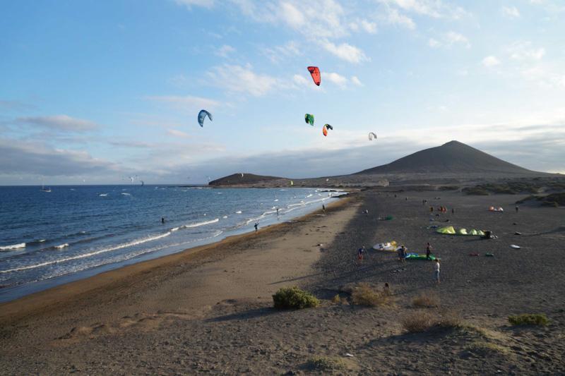 Kitesurfing v El Médano @Matúš Ficko