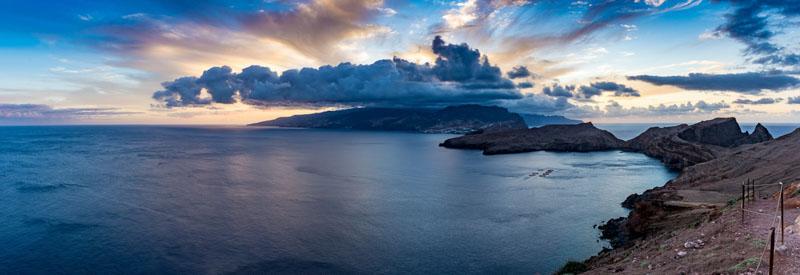 Západ slunce na nejvýchodnějším cípu ostrova – Ponta de São Lourenço