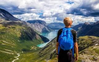 <b>Studentské cestování bez peněz: Jak projet svět skoro zadarmo a zůstat na vysoké škole</b>