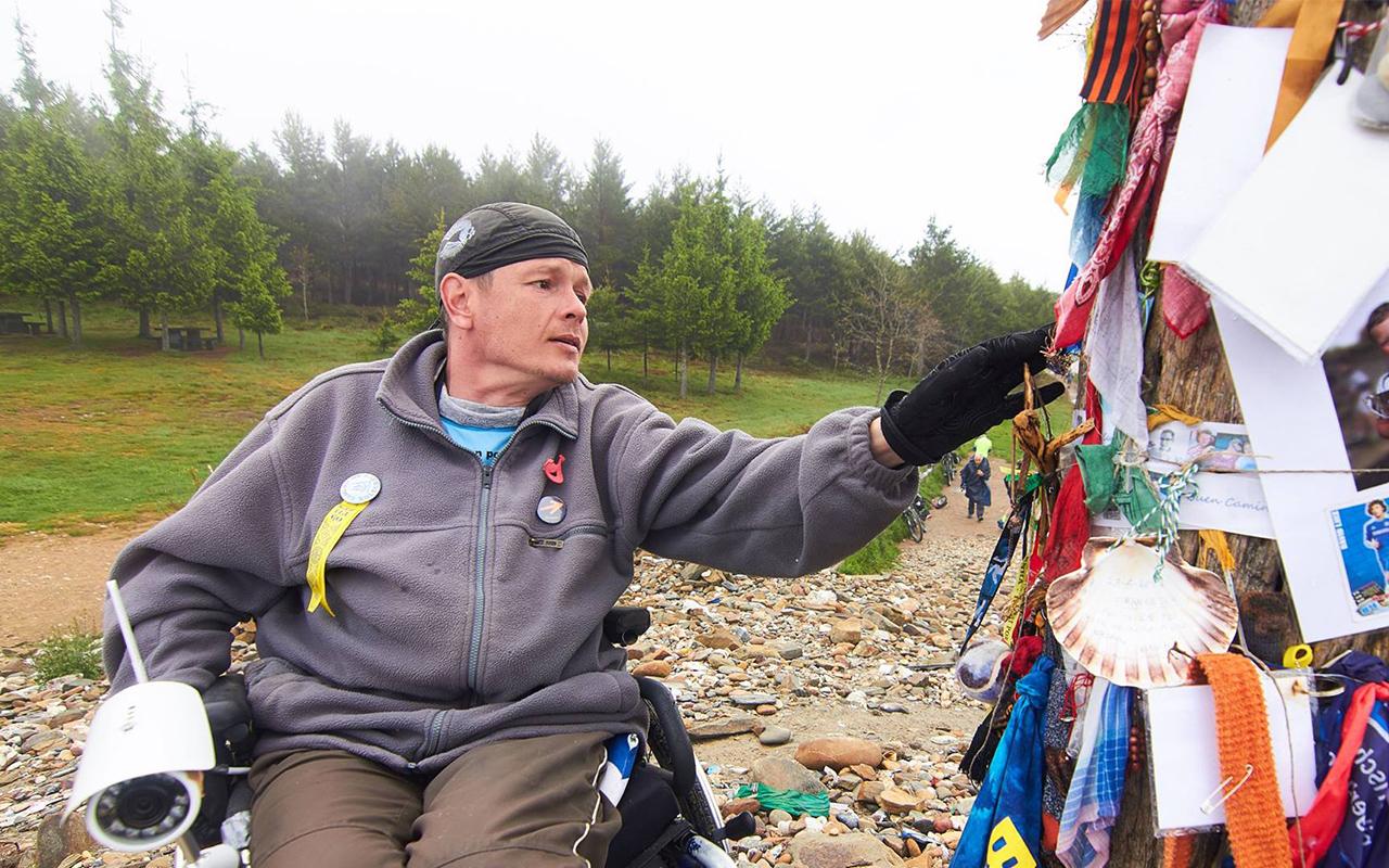 Honza Dušek: Camino na kolečkách aneb na vozíku život nekončí