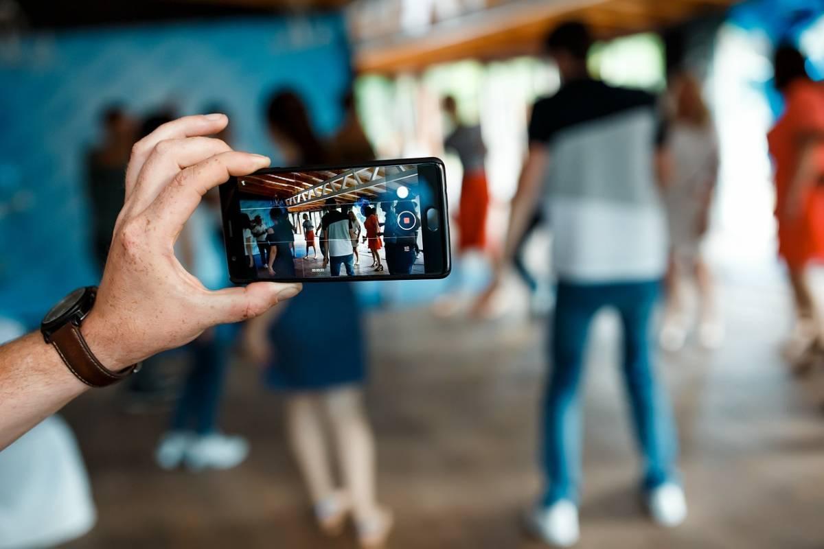<b>Foťte mobilem jako profesionál – stačí 4 profi triky</b>
