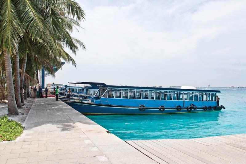 Veřejný trajekt, Maledivy