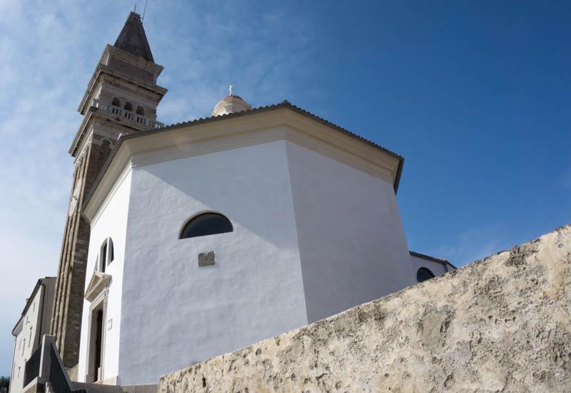 Katedrála sv. Jiří vPiranu