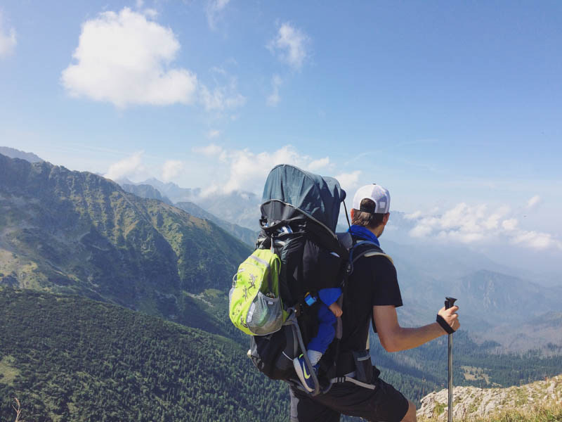 horska turistika s batoletem
