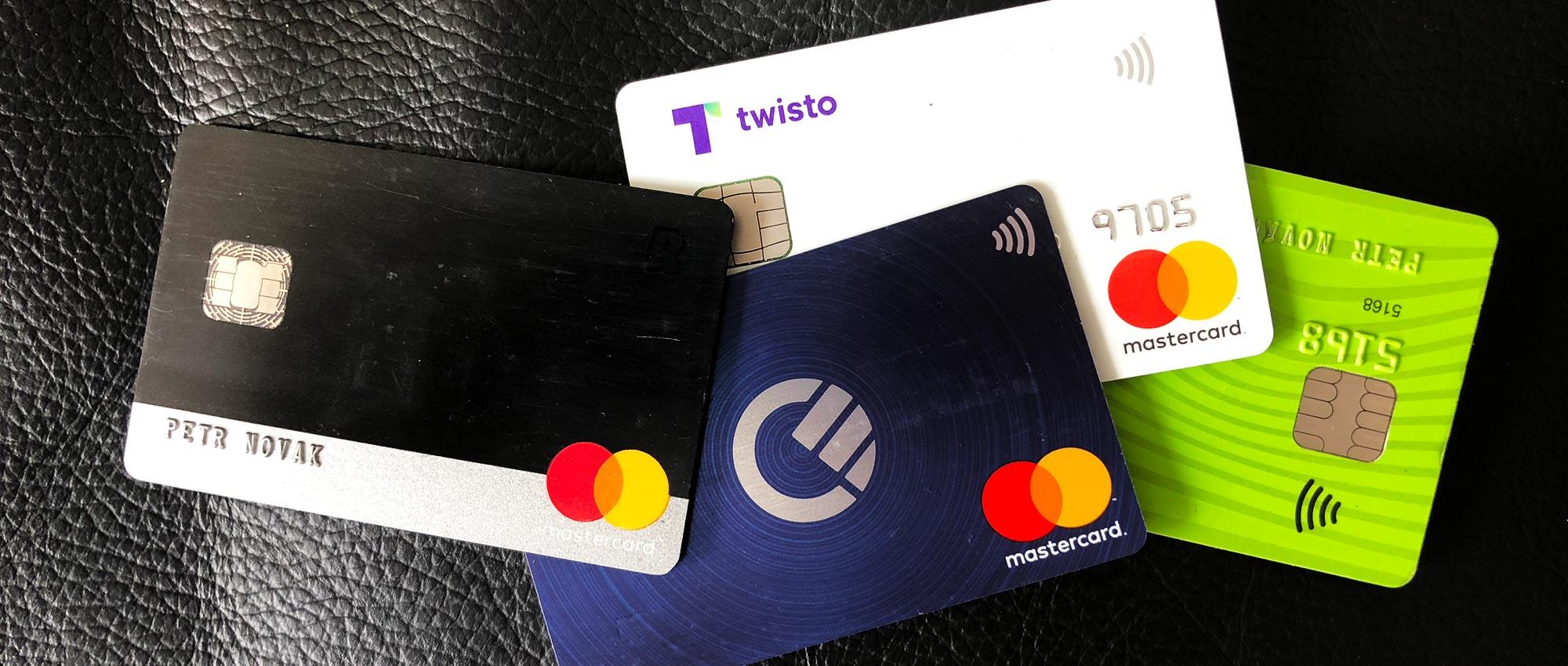 <b>Platební karty na cestách a jak z nich vytěžit co nejvíc</b>