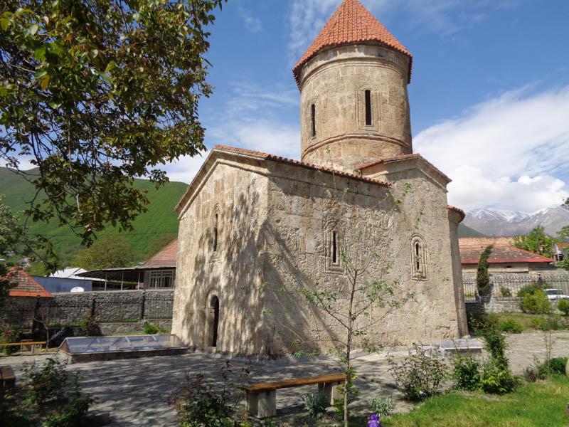 Albánský kostelík z přelomu letopočtu, Šeki