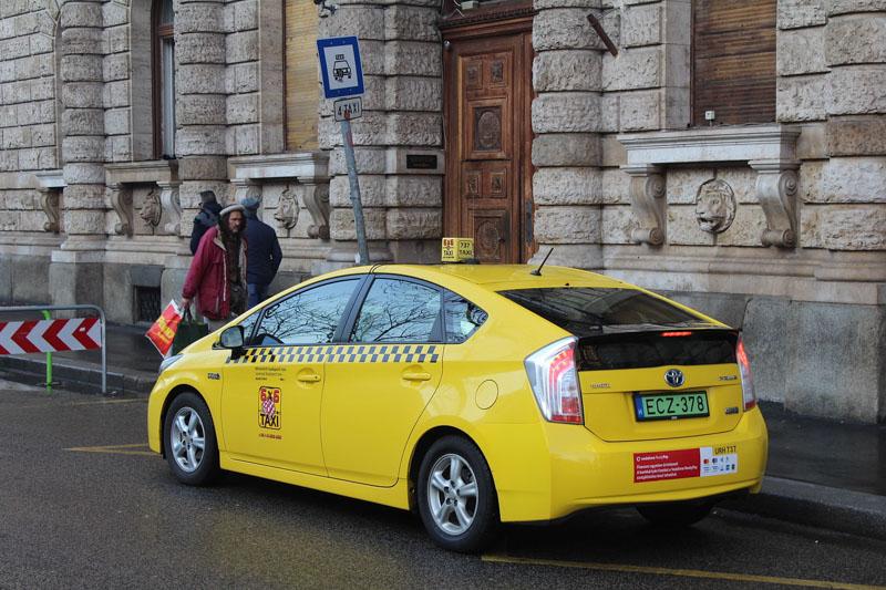 budapešť taxi