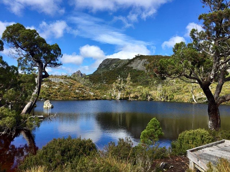 jezero v tasmánii