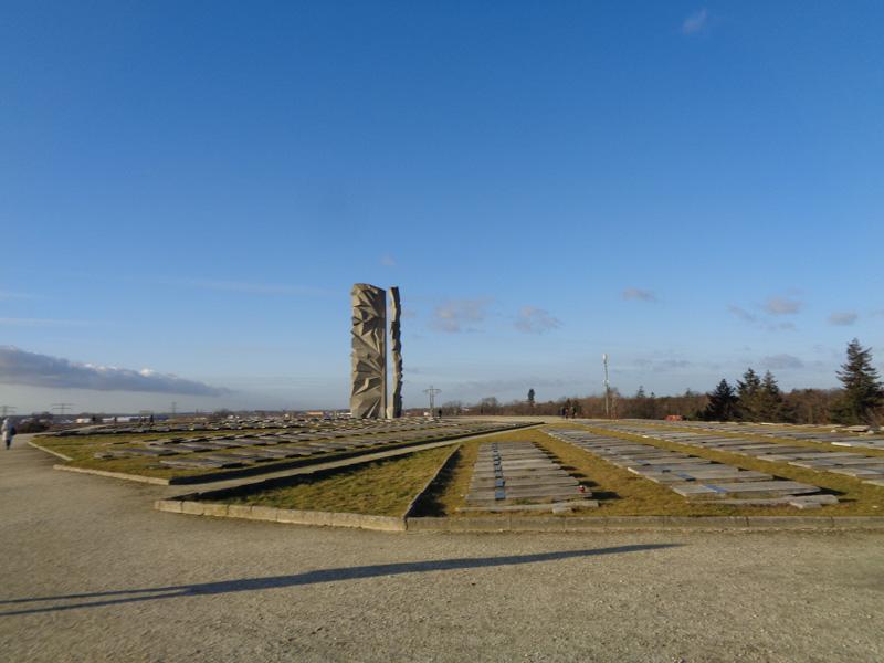 Vojenský hřbitov Wroclaw